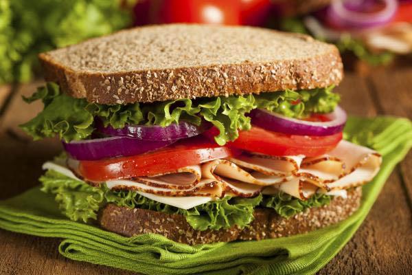 consumir mais legumes e verduras no jantar - lanche saudável
