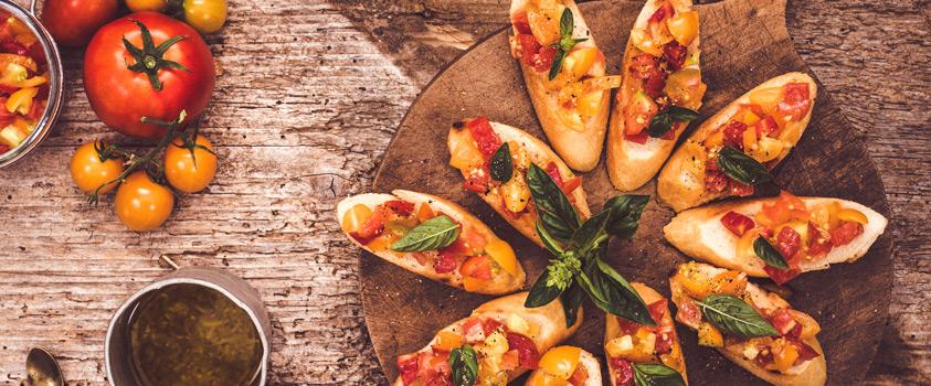 Uma ceia de natal mais leve - Bruschetta de tomate com manjericão