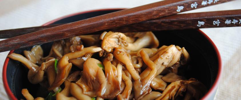 como incluir a comida japonesa na dieta - Shimeji na manteiga