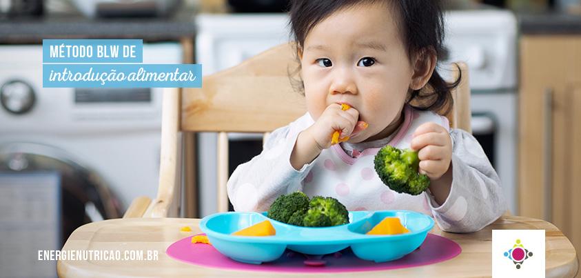 Conheça o Método BLW de Introdução alimentar Participativa para seu bebê